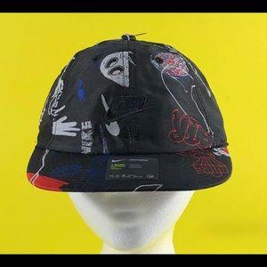 Nike Sports Heritage86 Strapback Adjustable Hat